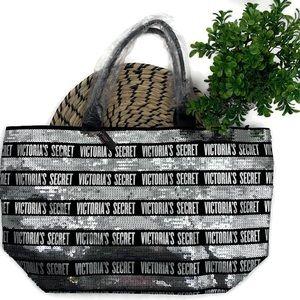 VICTORIA'S SECRET Large Sequin Tote Bag w/Wristlet